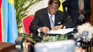 En RDC, passe d'armes au Sénat entre le président de la chambre et une sénatrice