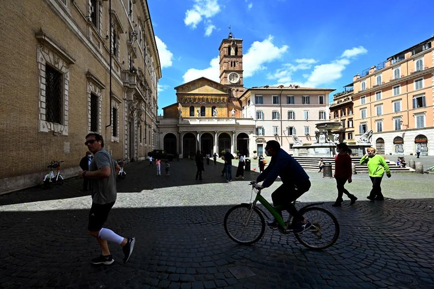 Coronavirus: L'Italie entame demain lundi son déconfinement
