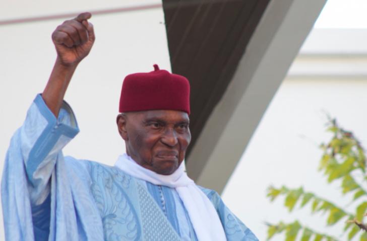 Comment Me Abdoulaye Wade vit son confinement dans sa villa de la Corniche de Fann...