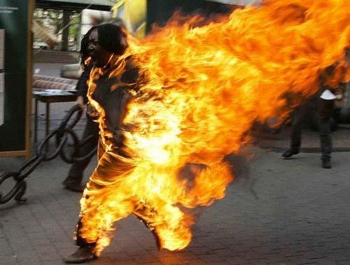 Un employé des Grands Moulins de Dakar s'est immolé par le feu devant le Palais