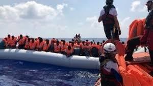 Méditerranée: plus de 400 migrants bloqués au large de Malte