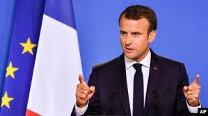 Violences policières : sous pression, Emmanuel Macron somme le gouvernement d'agir vite