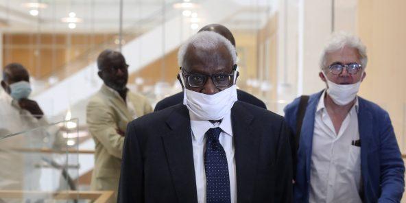 """Procès IAAF: """"Cet homme si vous le condamnez, il mourra"""", dixit l'avocat de Lamine Diack"""