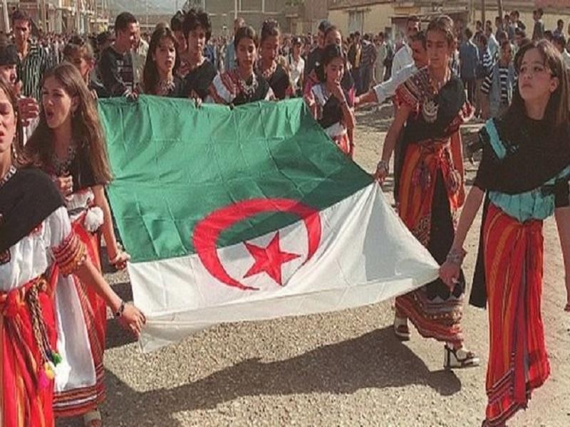 La militante Amira Bouraoui condamnée à un an ferme en Algérie