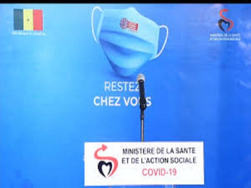 """Point quotidien sur le Covid-19: des spécialistes fusillent la communication """"monotone"""" du ministère de la Santé"""