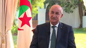 """EXCLUSIF : le président algérien Tebboune croit à un """"apaisement"""" de la situation avec la France"""