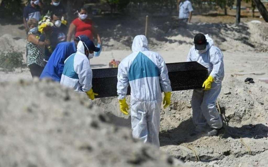 Coronavirus dans le monde : 818 morts aux Etats-Unis et 895 au brésil en 24h