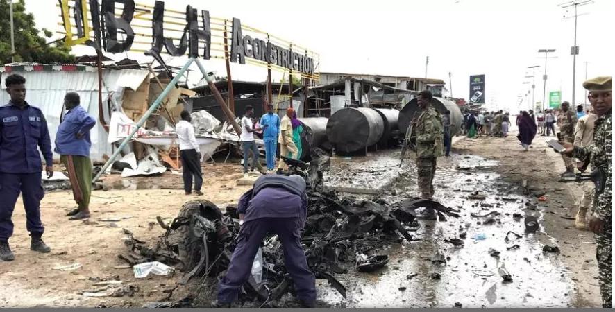 Somalie: le chef de l'armée échappe à un attentat des shebabs