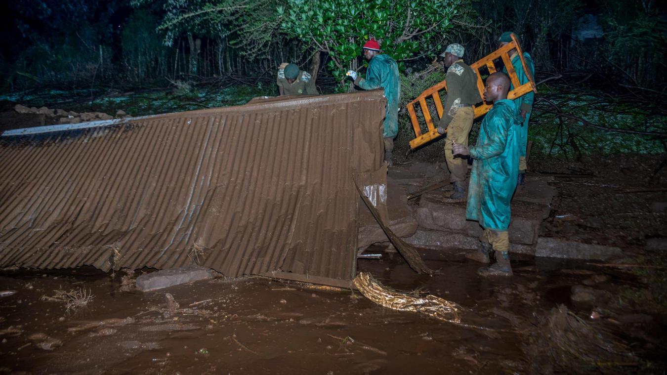 Burkina : 5 individus dont le préfet et le commandant de brigade de gendarmerie de Boudry meurent emportés par les eaux