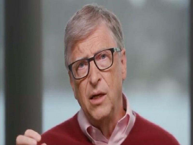 Coronavirus: Bill Gates réagit enfin aux théories complotistes qui l'accusent