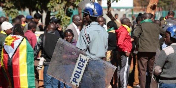Au Zimbabwe, la répression se durcit