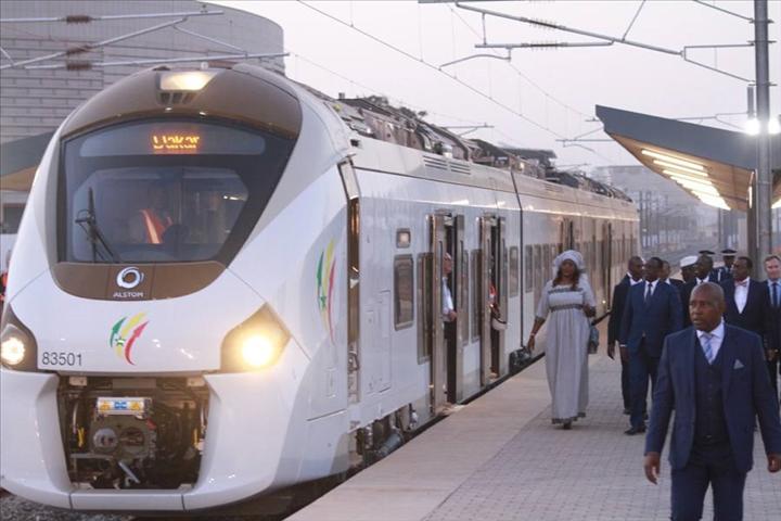 Le Sénégal lève 17,6 milliards de Fcfa à la Banque publique française d'investissement pour la pré-exploitation du TER