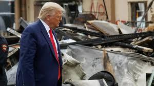 """À Kenosha, Donald Trump assimile manifestations violentes et """"terrorisme intérieur"""""""