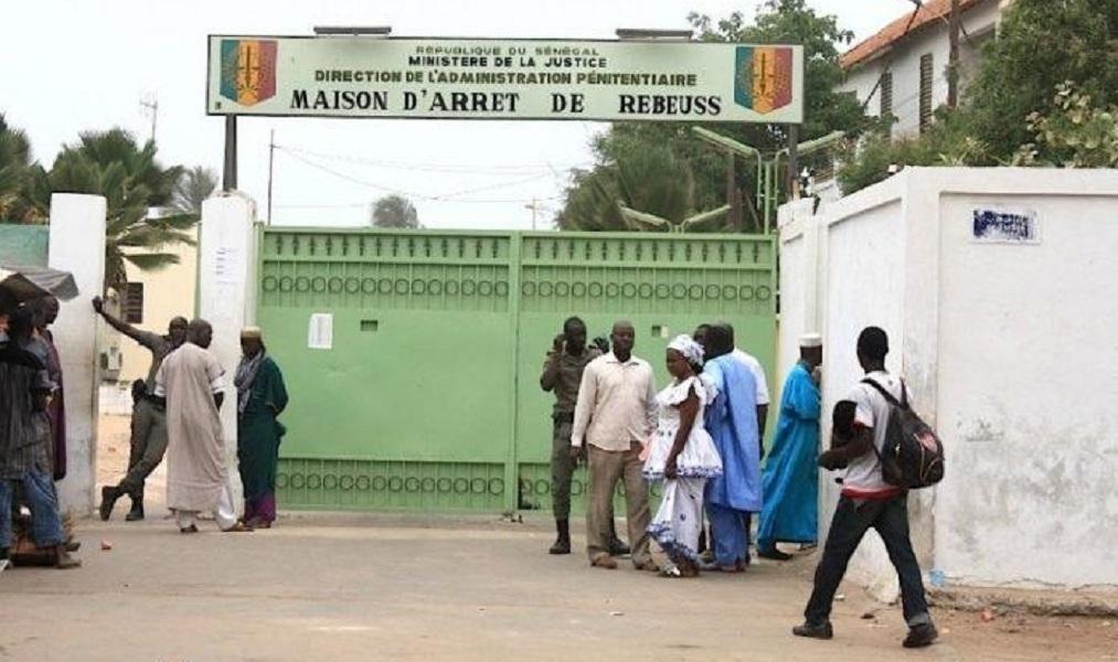 L'Administration pénitentiaire réautorise l'entrée des plats extérieurs aux familles des détenus... dans le respect des mesures d'hygiène