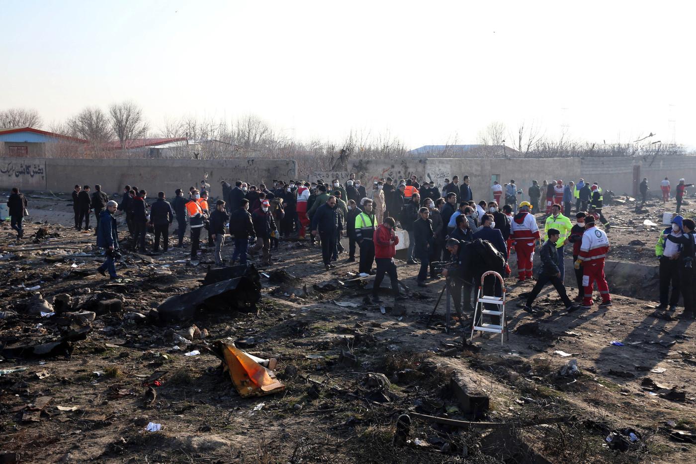 20 morts dans le crash d'un avion militaire en Ukraine
