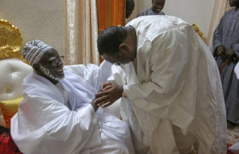Macky Sall renouvelle ses promesses à Touba