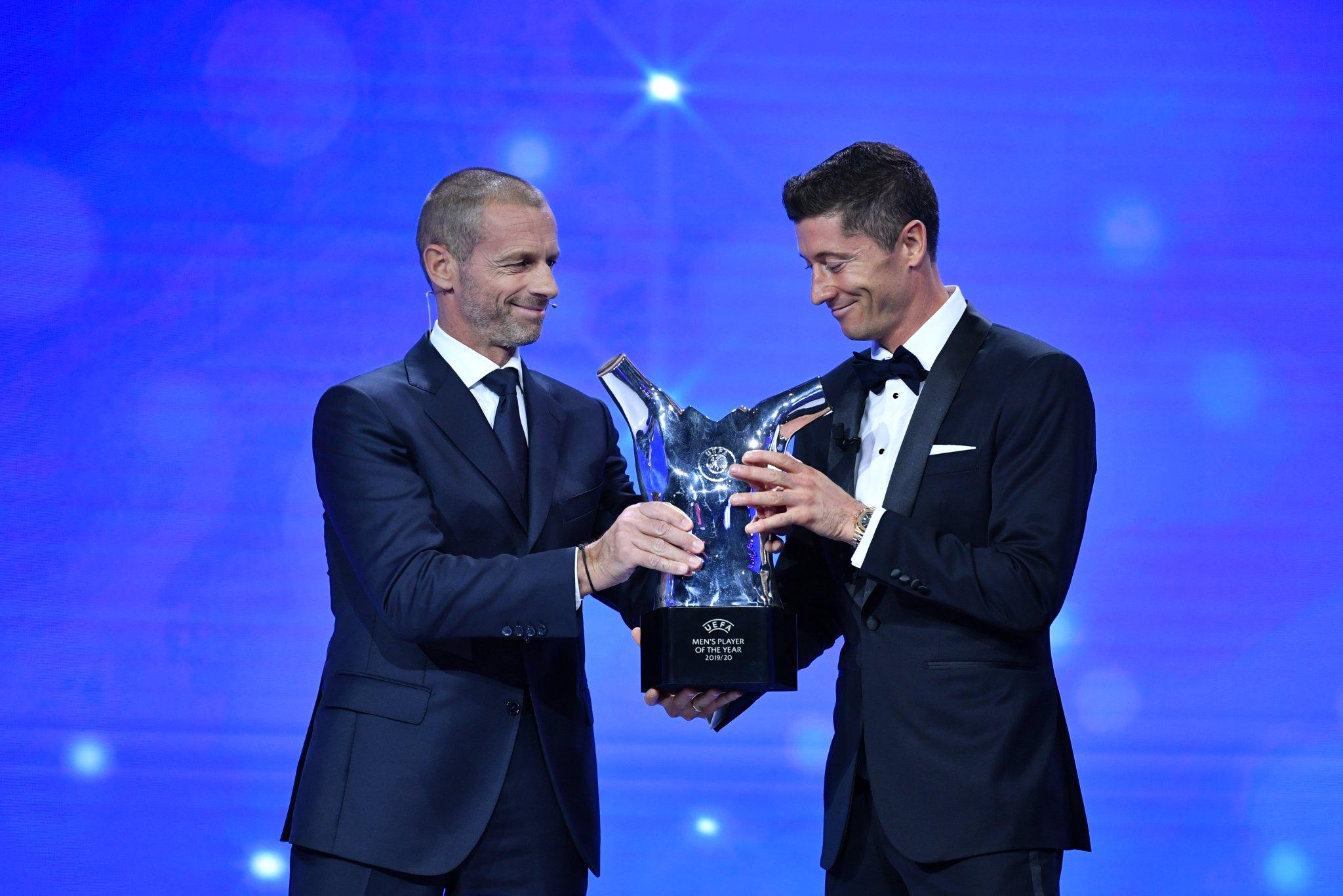 Robert Lewandowski est le Joueur de l'année UEFA