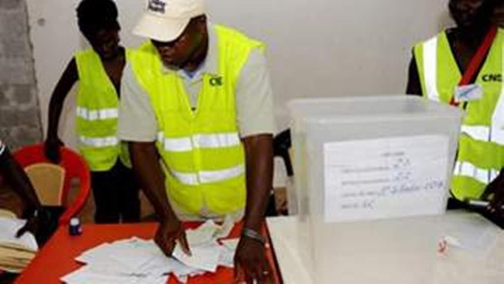 Scènes de liesses de l'UFDG après le scrutin de dimanche : le gouvernement guinéen met en garde Cellou Dalein