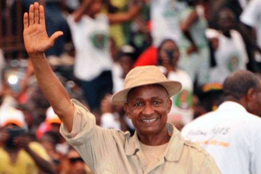 Urgent  - Présidentielle Guinée : Cellou Dalein Diallo se proclame vainqueur dès le 1er tour