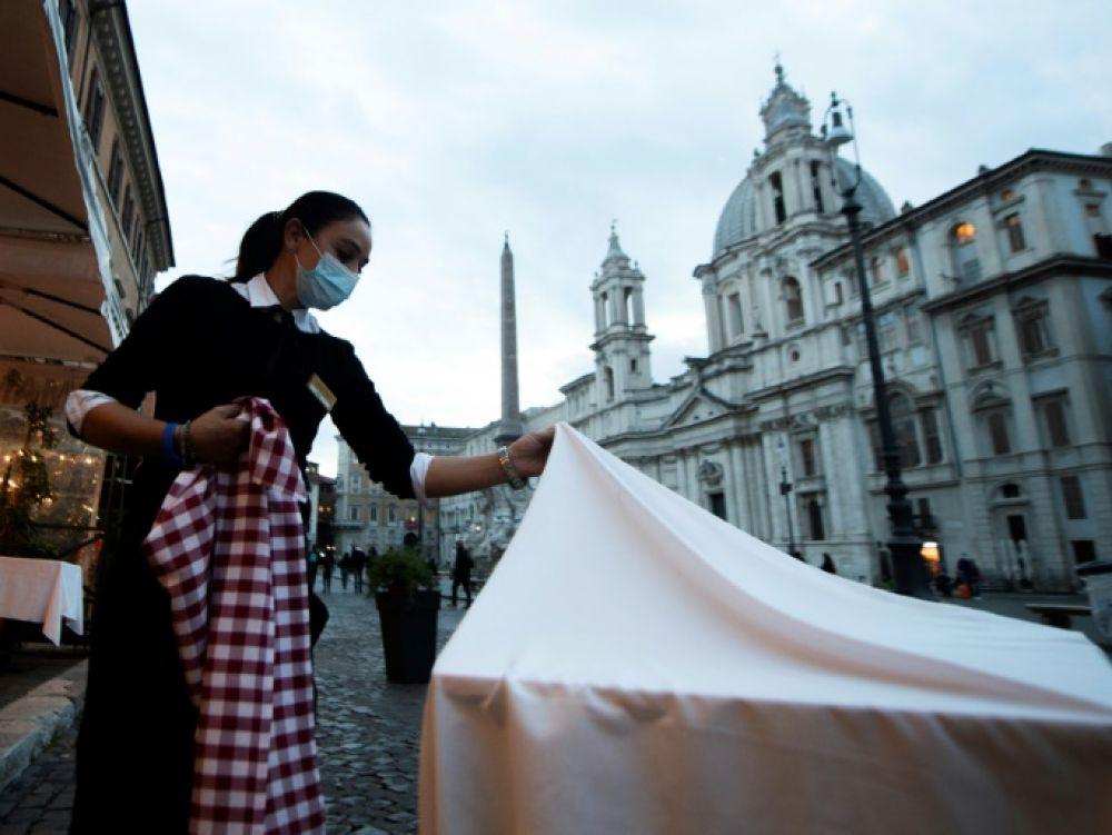 Coronavirus: L'Italie décrète un couvre-feu à 22h00 sur tout le territoire à partir de jeudi