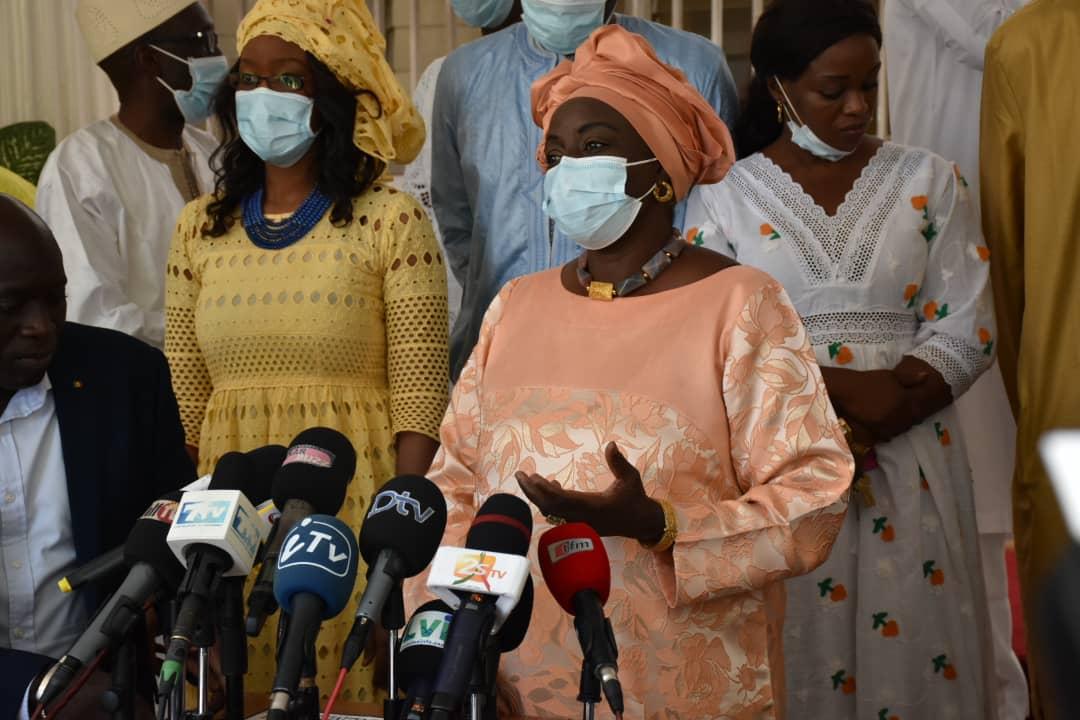 Départ du CESE: Mimi Touré méprise Macky et projette un avenir politique