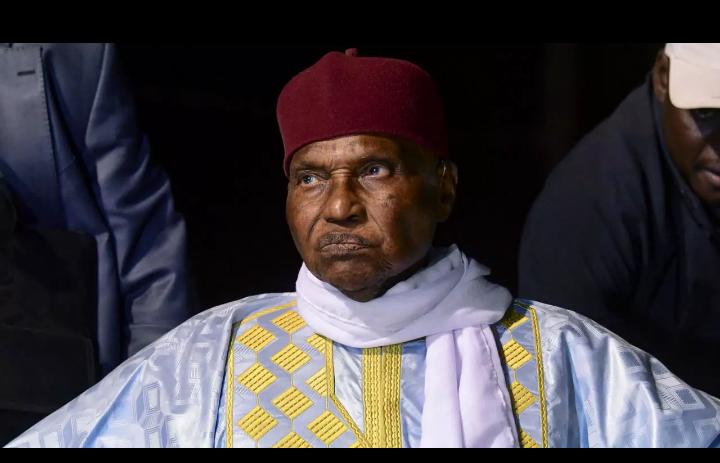Lettre ouverte à Maitre Abdoulaye Wade : En 2024,  Macky ne pourra être candidat. Votre candidature impossible en est la preuve