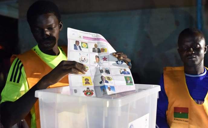 Burkina Faso: électeurs ou non, les déplacés de Kaya placent leurs espoirs dans le scrutin