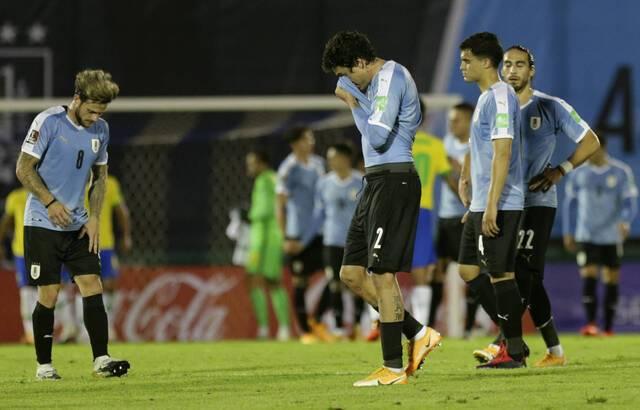 Grosse polémique: presque toute l'équipe d'Uruguay positive au Covid-19