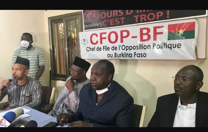 """Présidentielle burkinabè : l'opposition révèle des """"irrégularités"""" dans le processus et annonce un """"recours"""""""