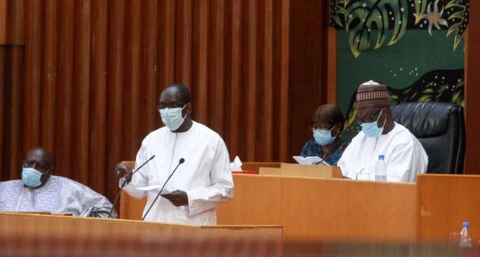 Santé: plus de 700 agents recrutés en 2020, informe Abdoulaye Diouf Sarr