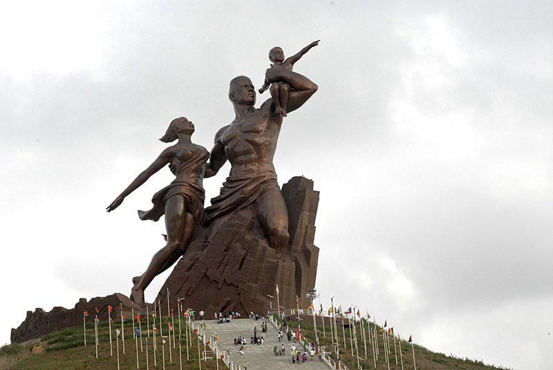 Sénégal: Des œuvres d'art ivoiriens réceptionnés par le Monument de la renaissance