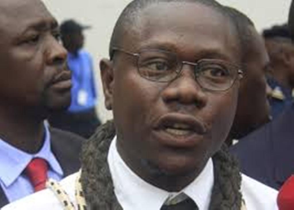 Les sociétaires de banque fustigent la nomination de personnalité politique à l'Observatoire des services financiers