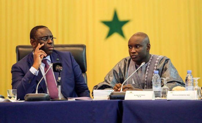 """Réunion secrète à Dakar entre maires de Linguère et des proches de Macky sur le """"cas"""" Aly Ngouille Ndiaye"""