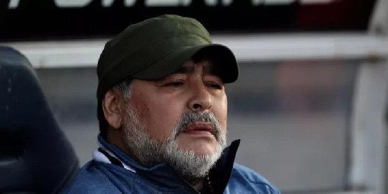 Alcool, solitude, paranoïa : les derniers jours de Maradona
