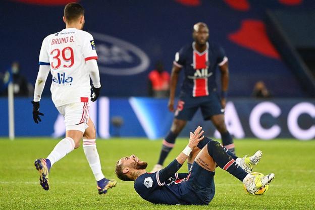 Neymar devrait être absent environ trois semaines