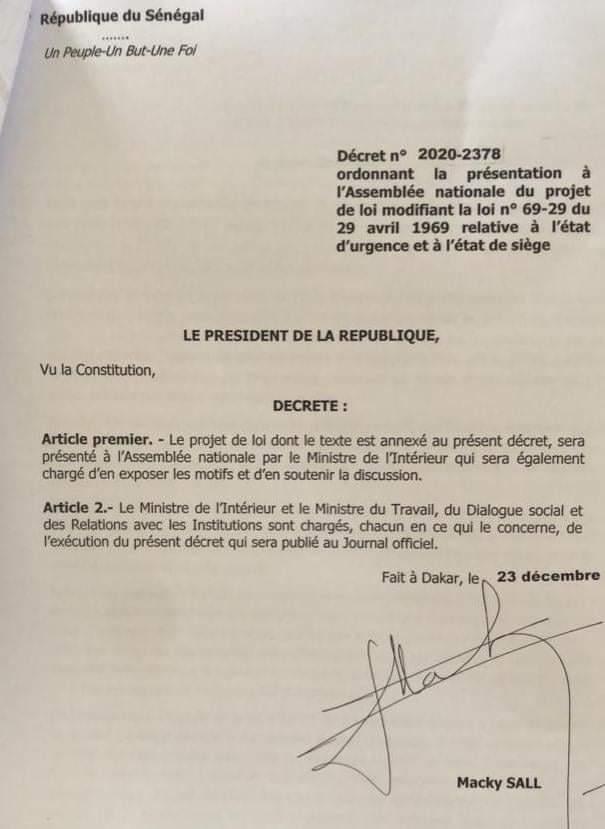 Macky signe le décret ordonnant le ministre de l'Intérieur à présenter à l'Assemblée nationale la modification de la loi 69-29 relative à l'état d'urgence et l'état de siège
