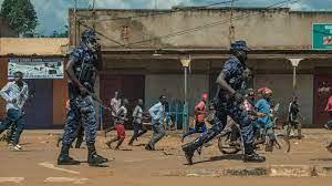 Ouganda: un mort en marge d'un meeting de Bobi Wine à Massaka, en marge d'affrontements