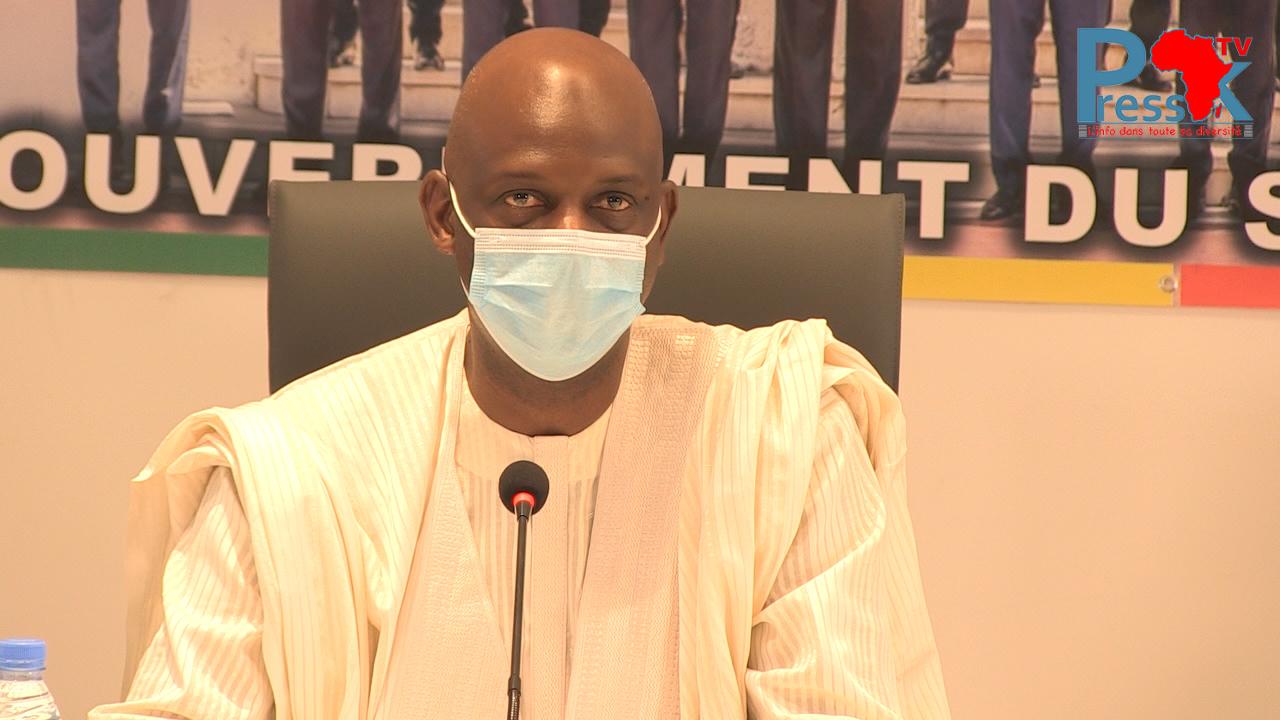 """Transports: les mesures d'interdiction de Mansour Faye pour les """"Car rapide"""", """"Ndiaga-Ndiaye"""" et Bus"""