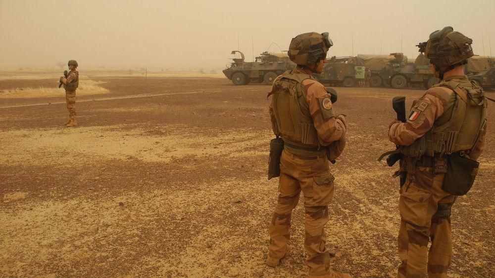 Six soldats de Barkhane blessés vendredi au Mali dans un attentat suicide