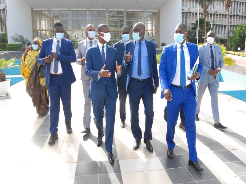Assemblée nationale : Antoine Felix Diome présente les motifs de la modification de la loi 69-29 et dévoile son nouvel intitulé
