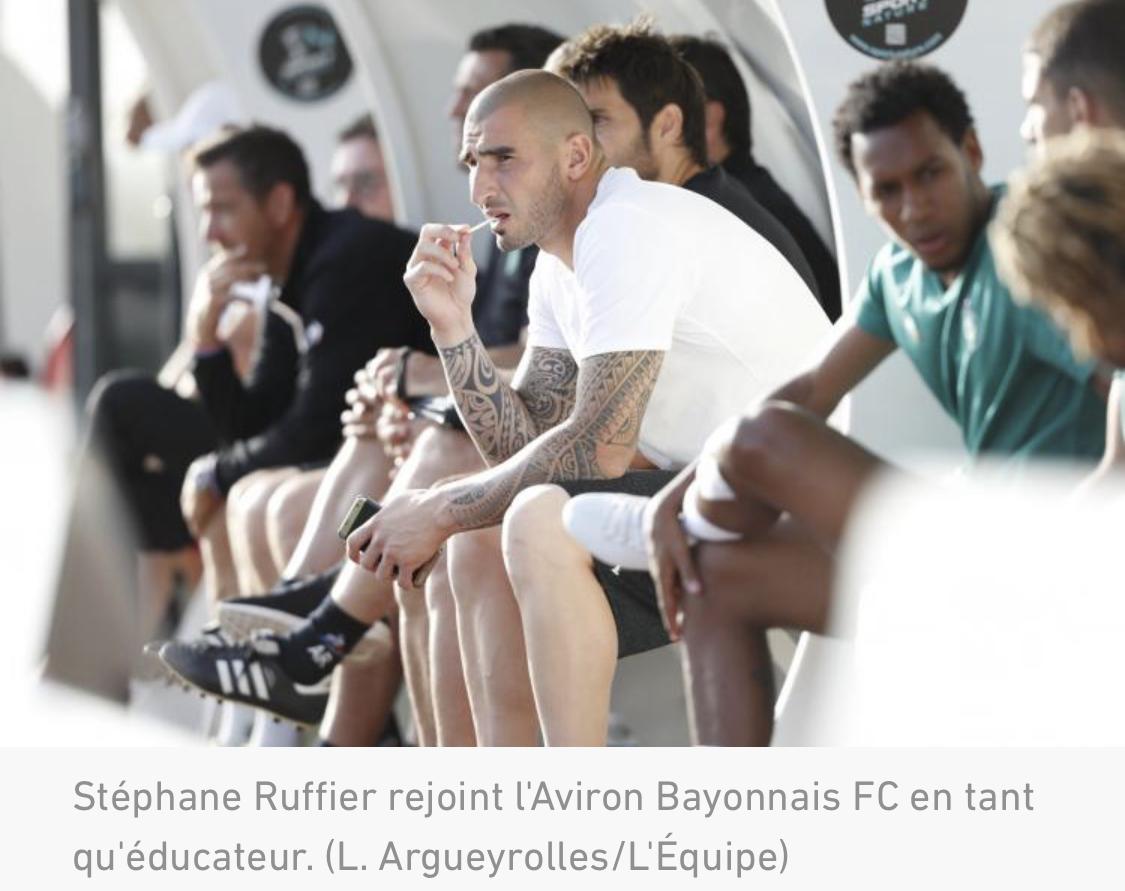 Stéphane Ruffier arrête sa carrière