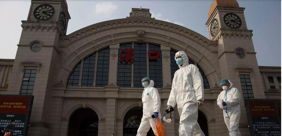 Covid-19: selon des chercheurs chinois, 2021 pourrait être pire que 2020