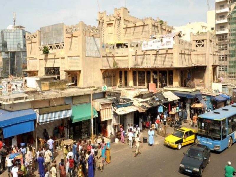 Fermeture des marchés le dimanche à Dakar : des marchands ambulants en colère