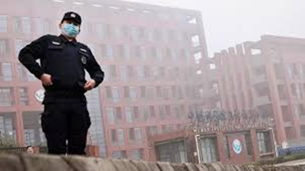 Covid-19 : l'équipe d'experts de l'OMS visite l'Institut de virologie de Wuhan