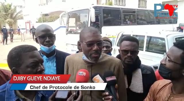 «Ousmane Sonko est allé rendre visite à un militant blessé dans un état critique », selon son chef de protocole