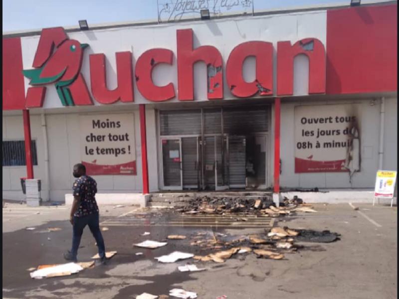 Dakar: Deux corps sans vie retrouvés à Auchan Keur Massar
