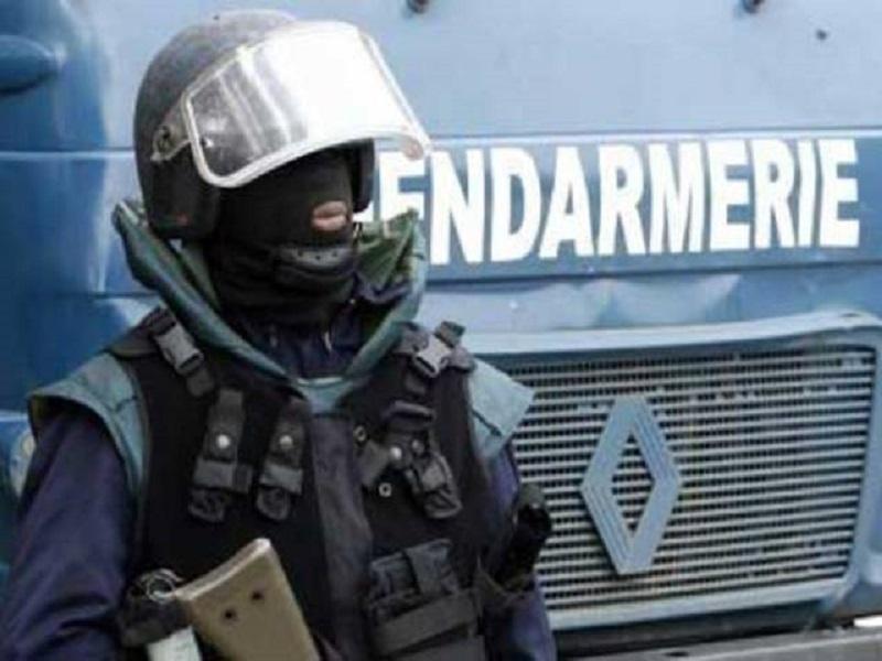 Place de la Nation : un élément du GIGN perd la main après l'explosion d'un gaz lacrymogène