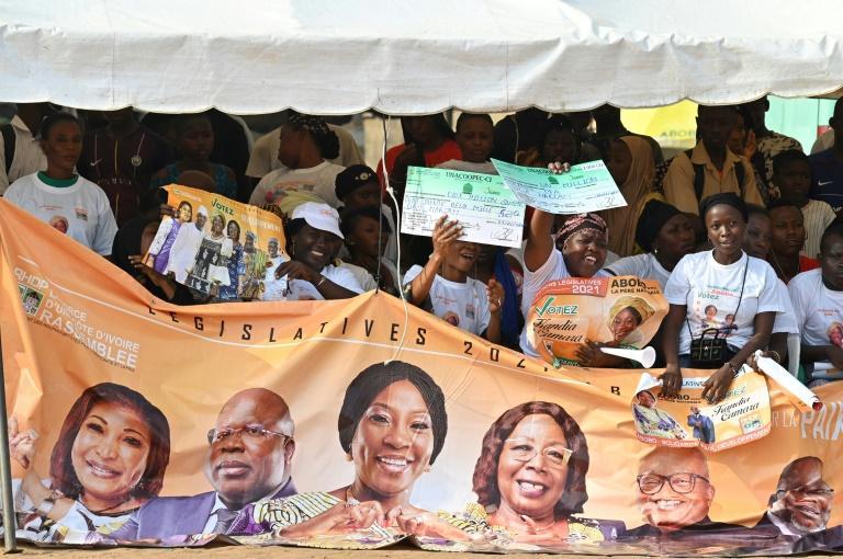 Législatives en Côte d'Ivoire: un scrutin ouvert avec toutes les grandes formations politiques