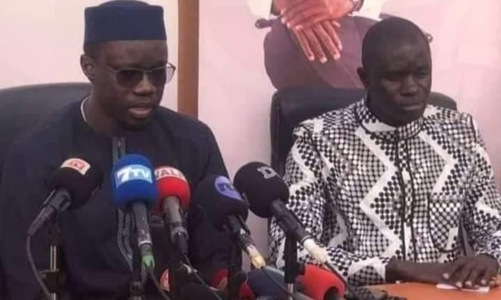 Ousmane Sonko et Dr Babacar Diop (à droite)