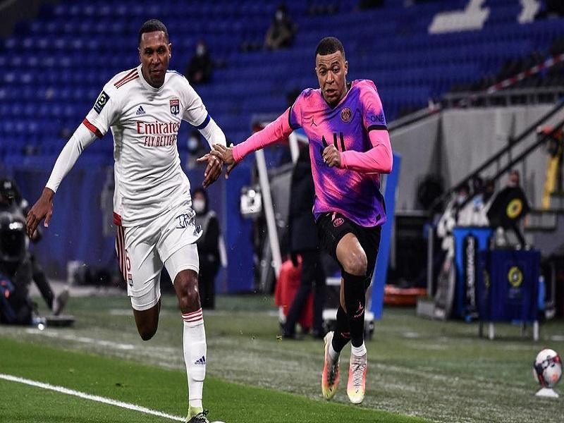 OL-PSG (2-4) : leader de Ligue 1, Paris frappe un grand coup